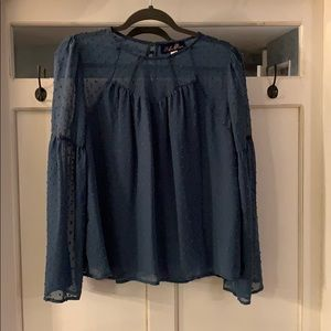 Cute blouse Size Small - Never worn